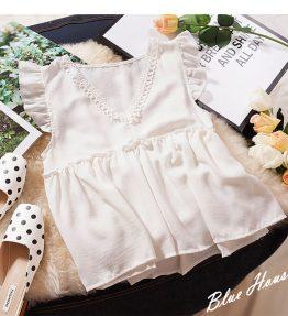 Baju Tanpa Lengan Putih