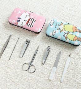 Satu Set Alat Gunting Kuku / Alat Manicure Pedicure 7 Pcs