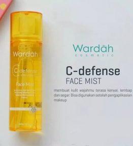 Wardah C-defense Face Mist with Vitamin C