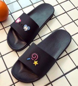 Sandal Selop MeetM Santai buat di Rumah atau Jalan-jalan